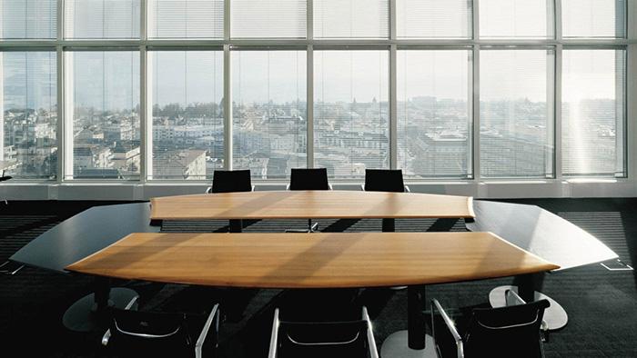 Adorablelargeconferencetabledesignwithchicchairsandblack - Black conference room table