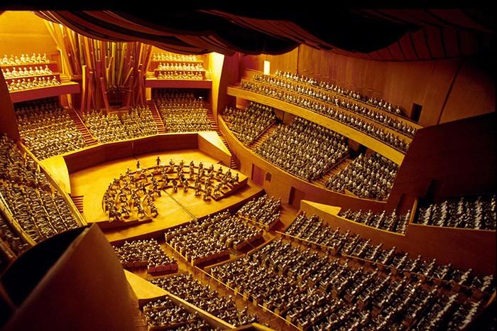 سالن کنسرت والت دیزنی
