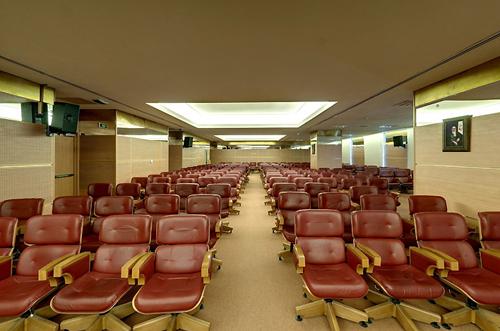 سالن همایش های برج میلاد